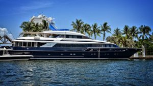 luxury yacht vacation